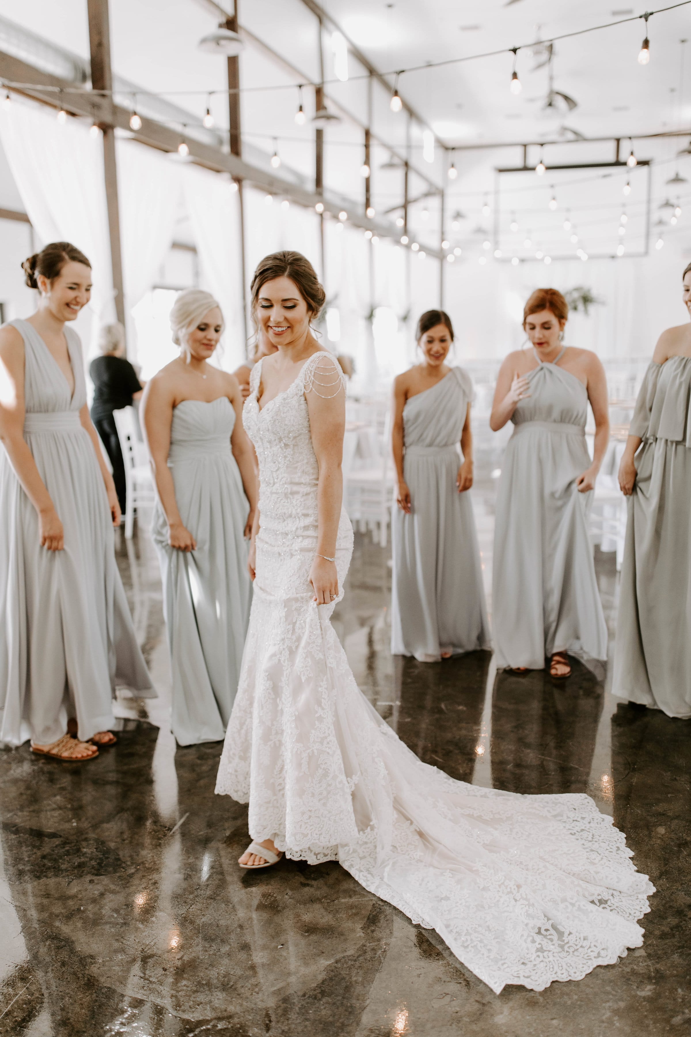 bridesmaids first look 4-min.jpg