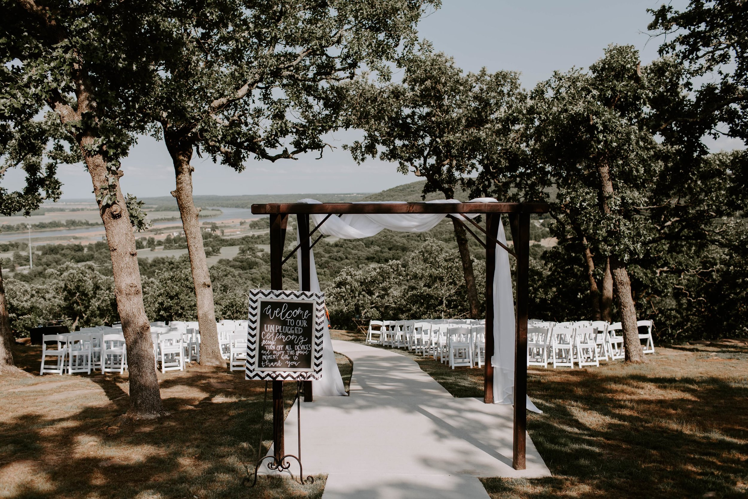 outdoor wedding ceremony tulsa 1-min.jpg