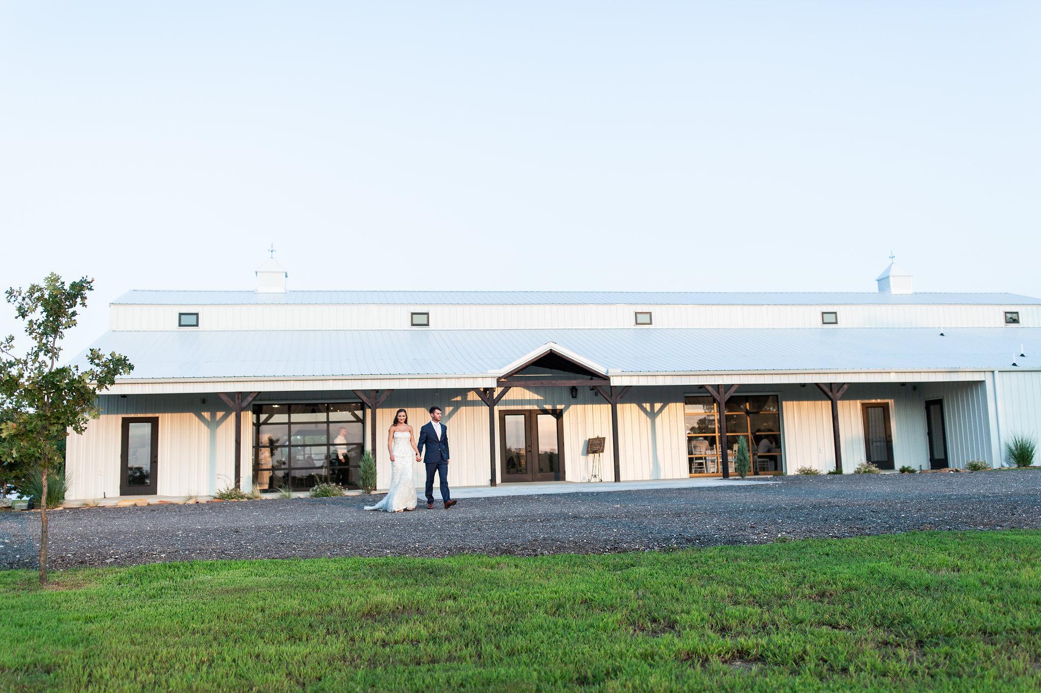 tulsa wedding venue white barn 6.jpg