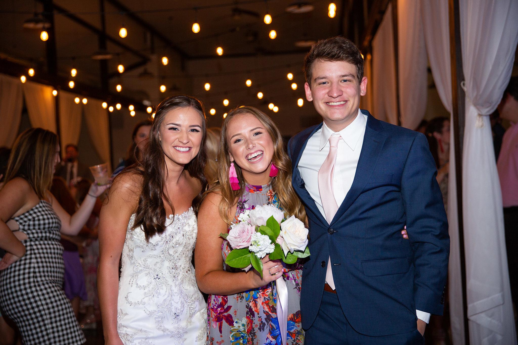 tulsa wedding venue white barn 60.jpg