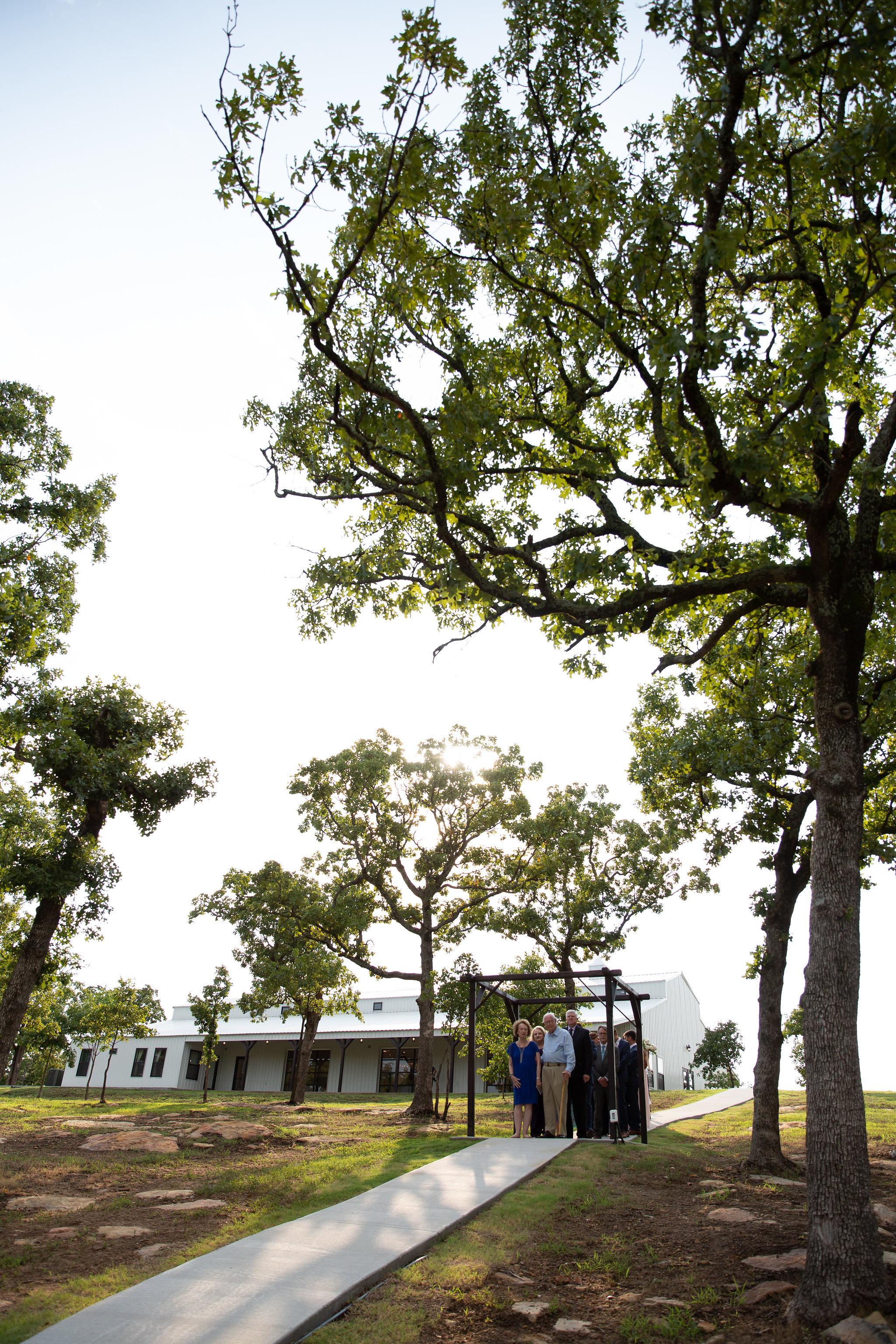 tulsa wedding venue white barn 70.jpg
