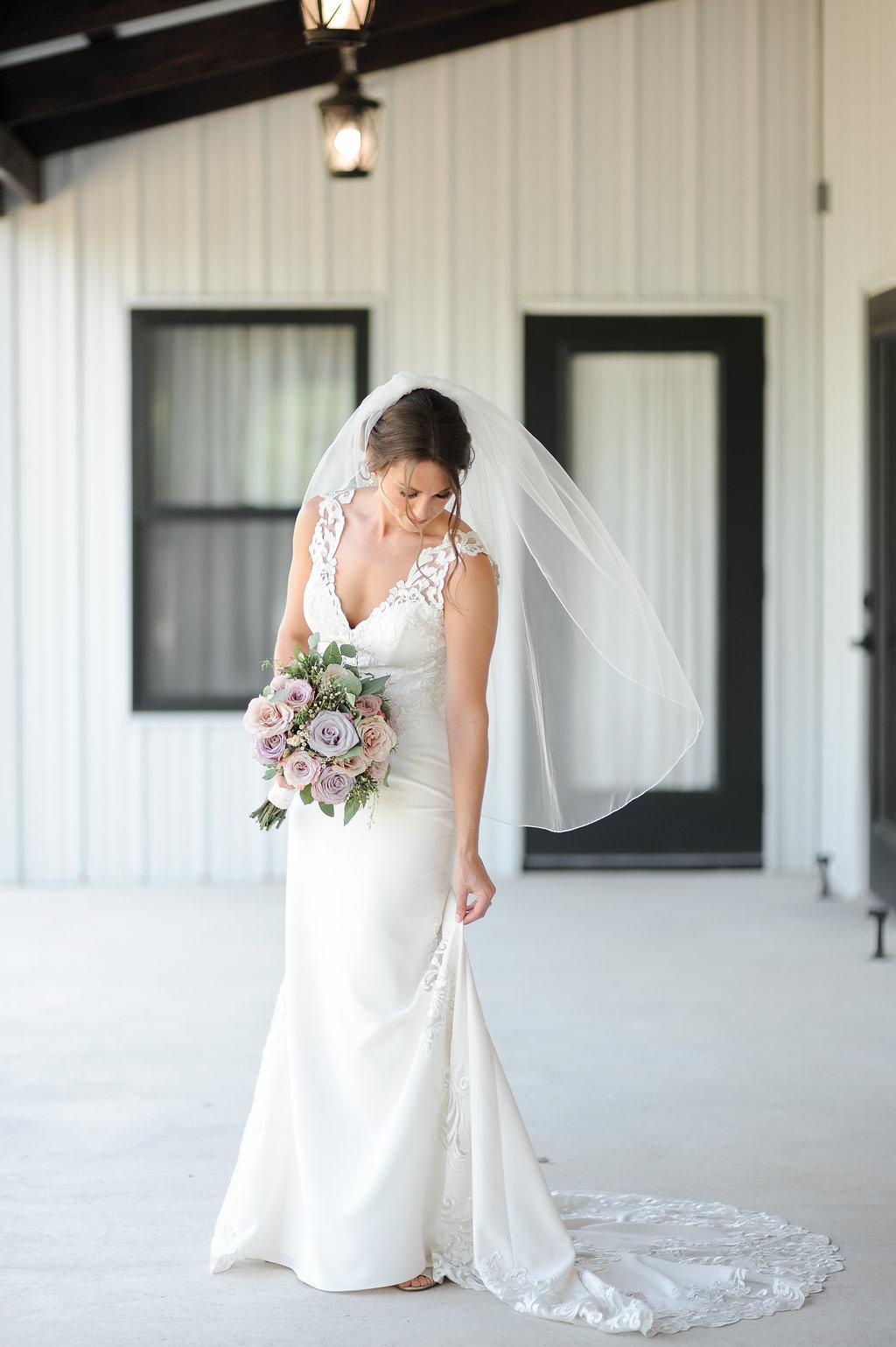 tulsa wedding venue white barn 7.jpg