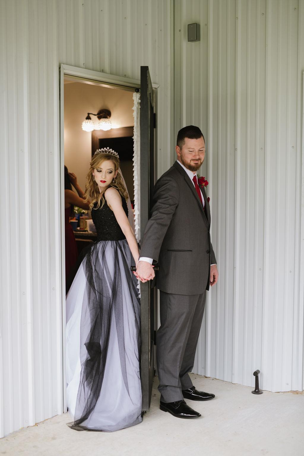 Dream Point Ranch Tulsa White Barn Wedding Venue 9.jpg