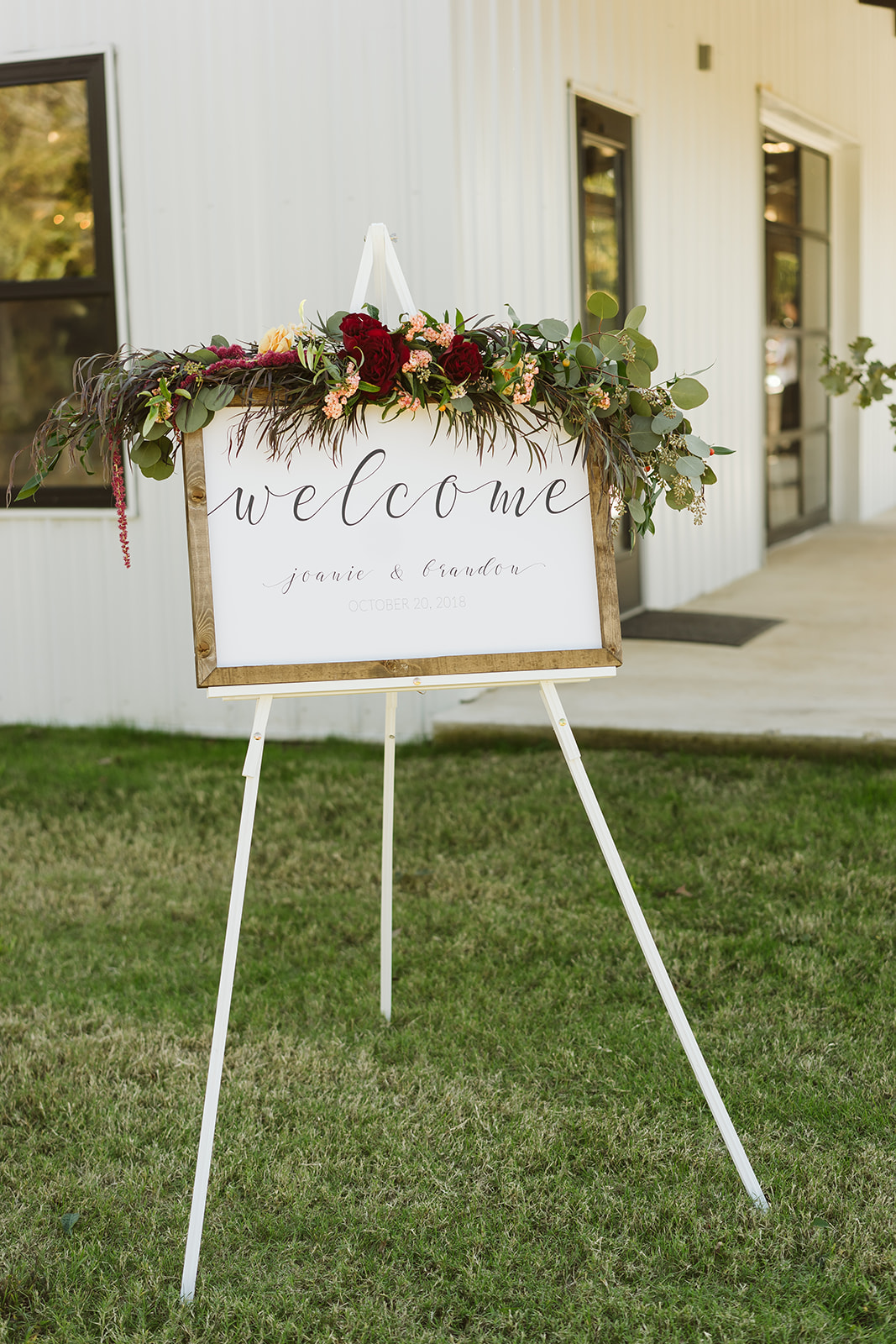Tulsa Wedding Venue White Barn Dream Point Ranch 44.jpg