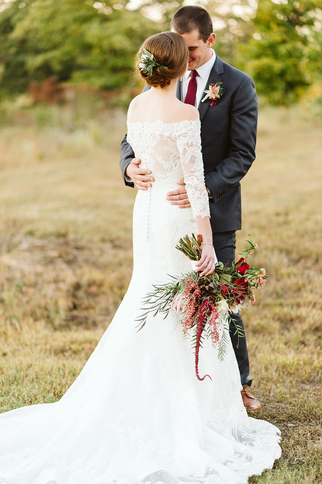 Tulsa Wedding Venue White Barn Dream Point Ranch 76.jpg