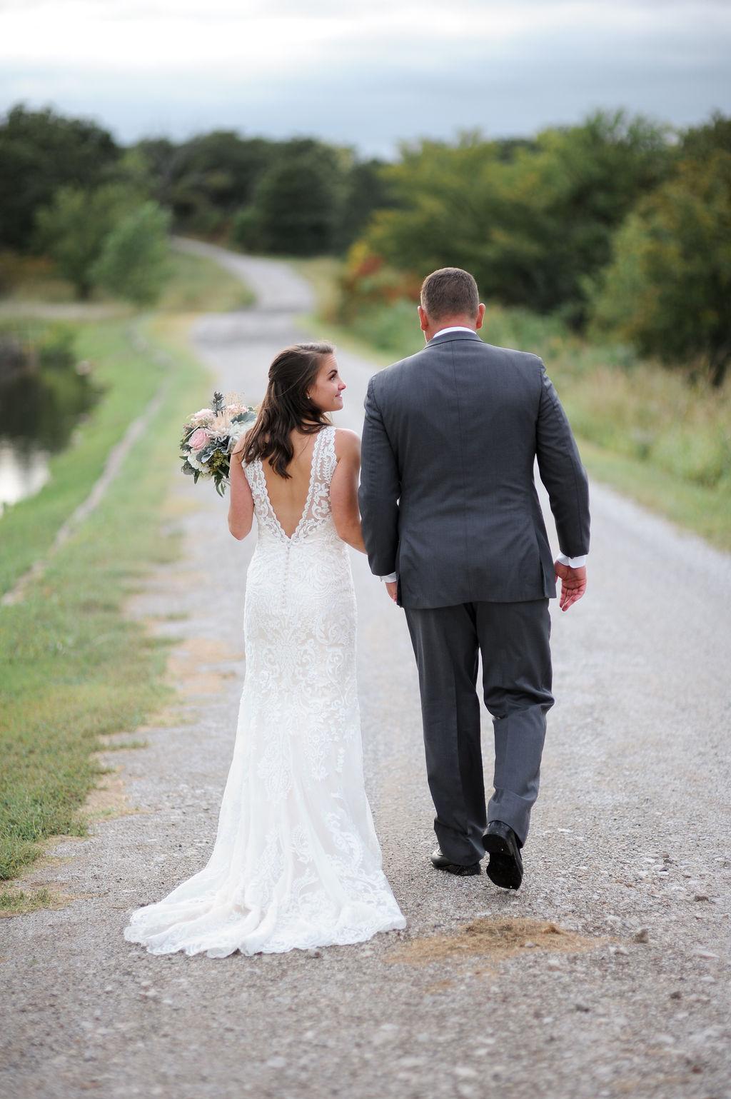Wedding Venue Bixby Tulsa White Barn 24.jpg