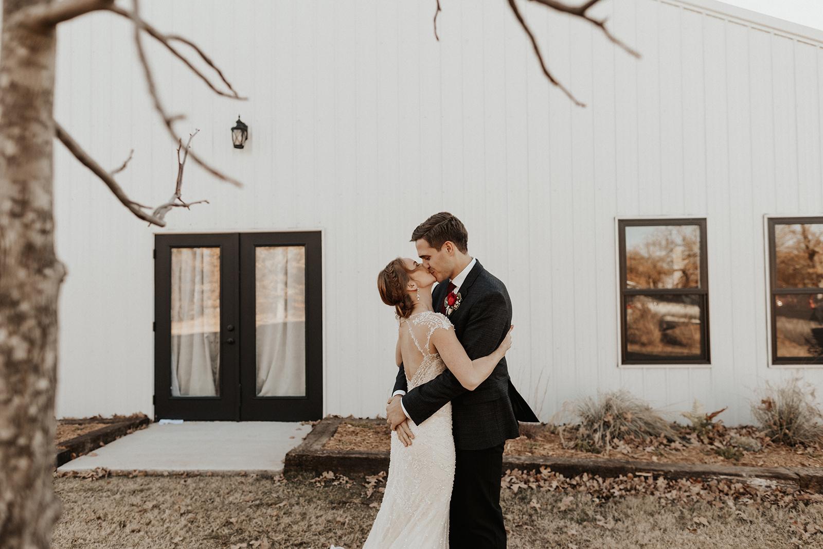 Best Wedding Venue in Tulsa Bixby Dream Point Ranch 15.jpg