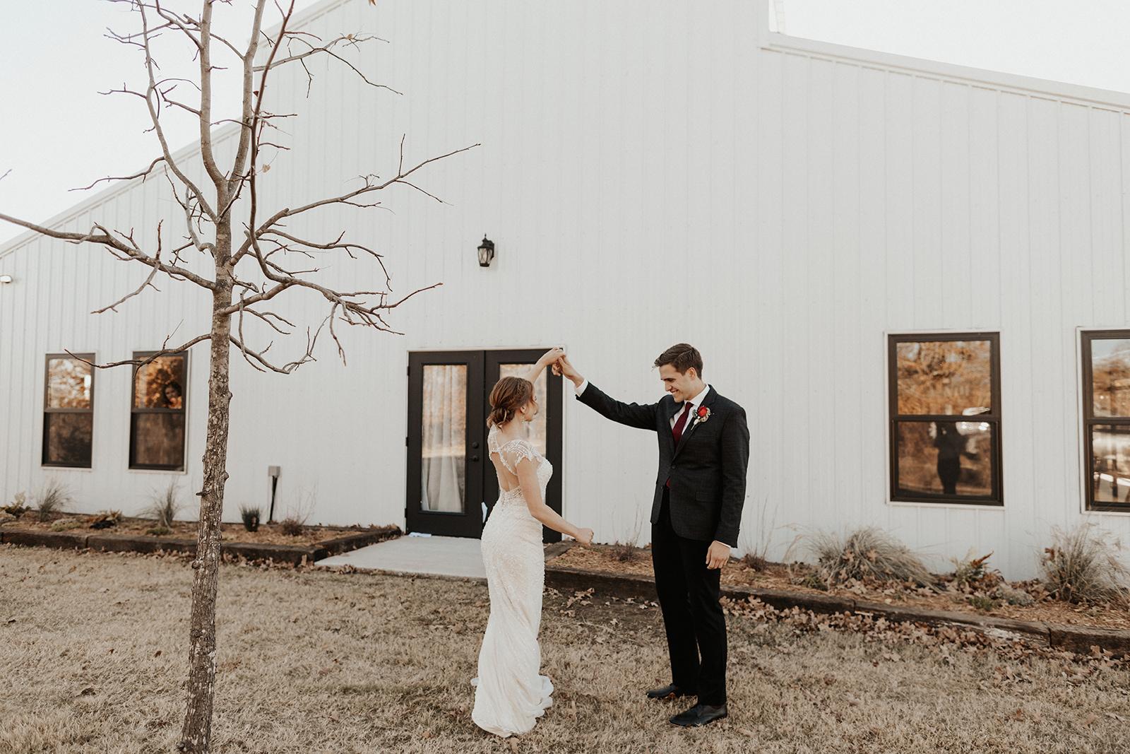 Best Wedding Venue in Tulsa Bixby Dream Point Ranch 16.jpg