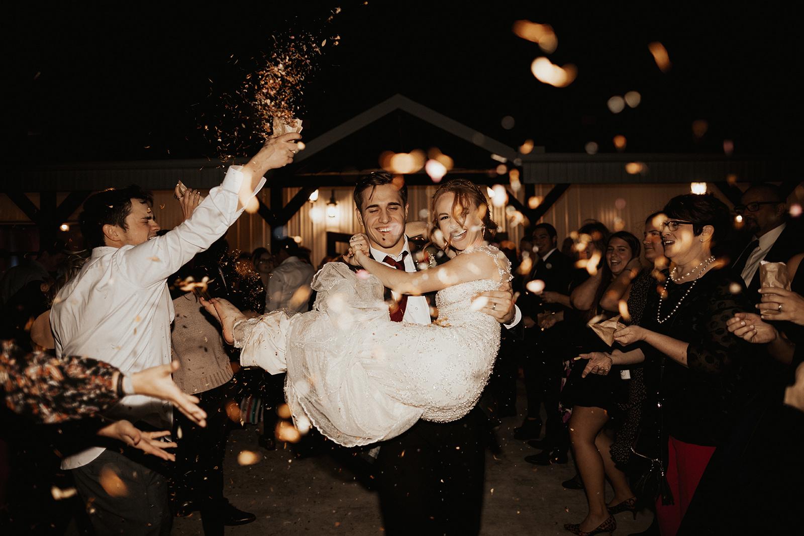 Best Wedding Venue in Tulsa Bixby Dream Point Ranch 68.jpg