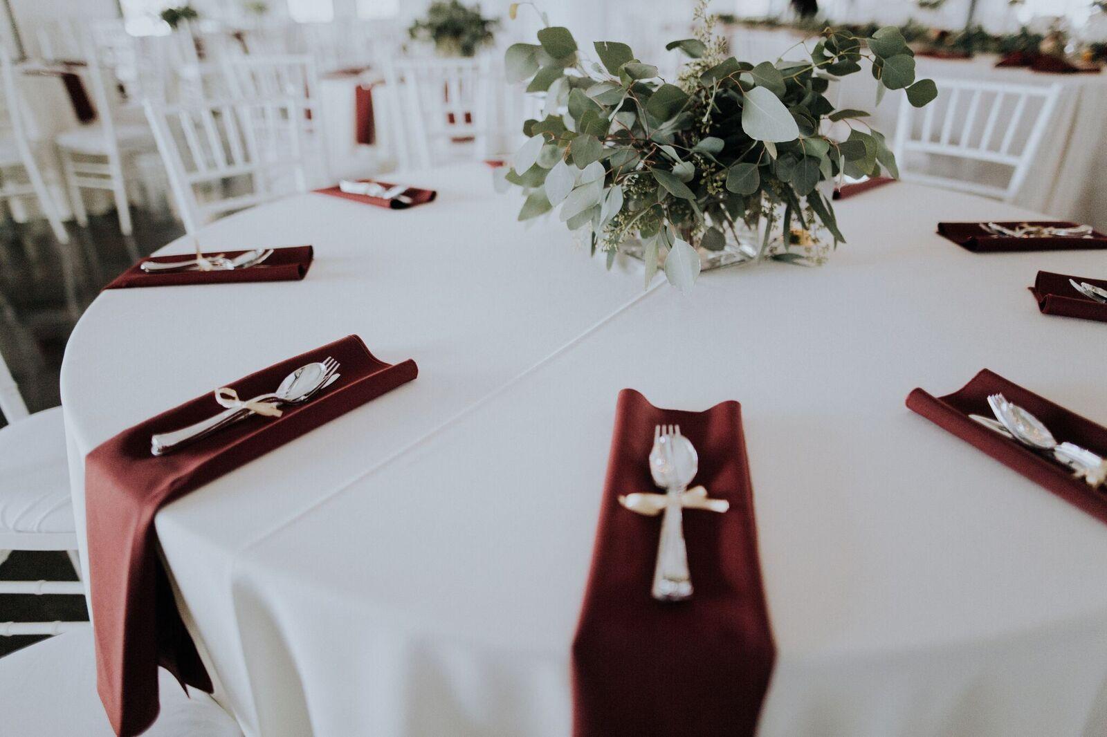 Tulsa Wedding Venue White Barn 2a.jpg