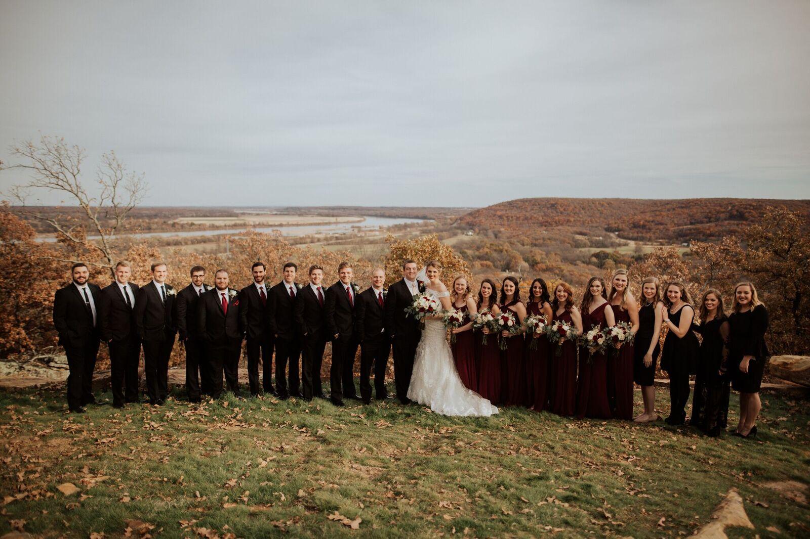Tulsa Wedding Venue White Barn 11b.jpg