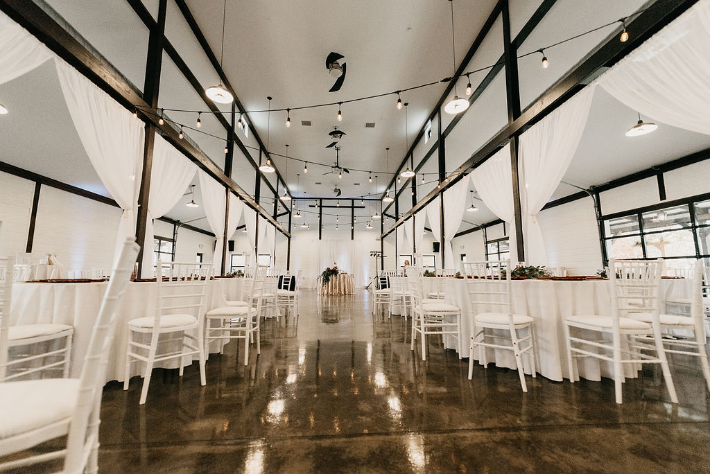 Tulsa Wedding Venue Bixby White Barn 1.jpg