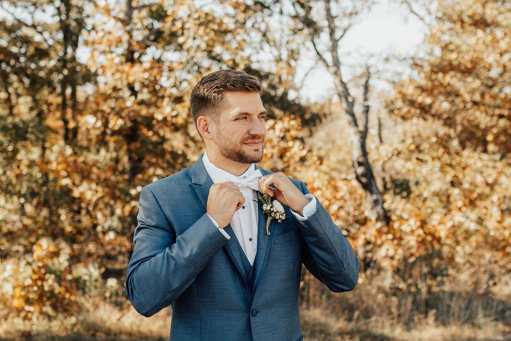 Bixby Tulsa Wedding Venue White Barn 13.jpg