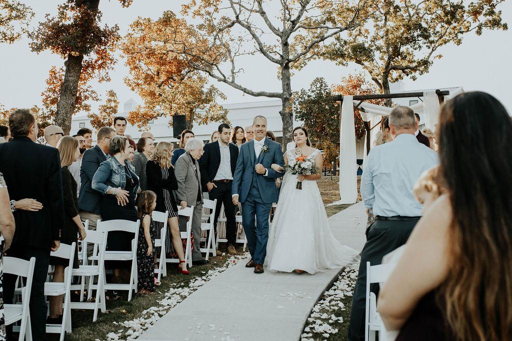 Bixby Tulsa Wedding Venue White Barn 40.jpg