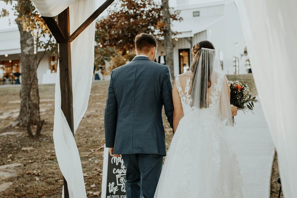 Bixby Tulsa Wedding Venue White Barn 45.jpg
