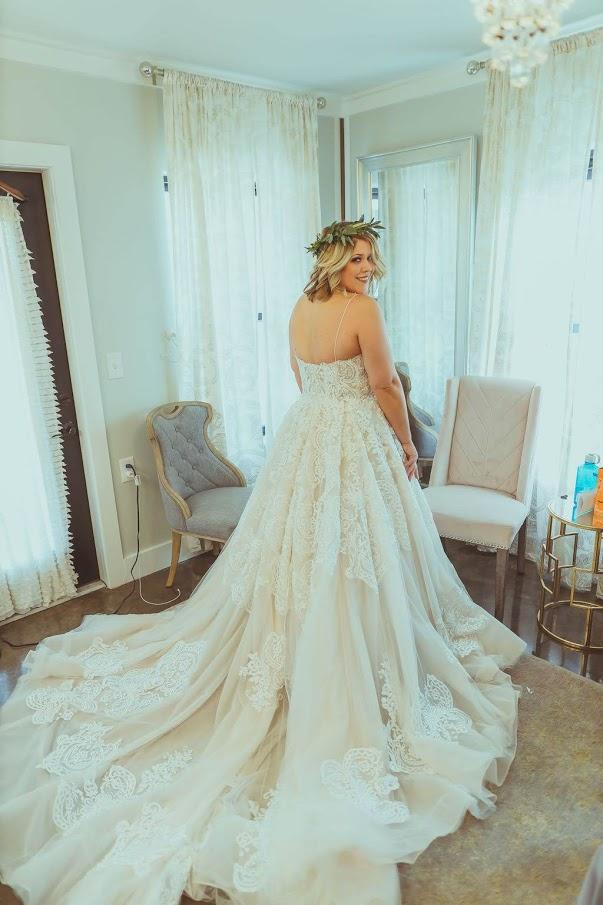 Tulsa White Barn Wedding Venue 2.jpg