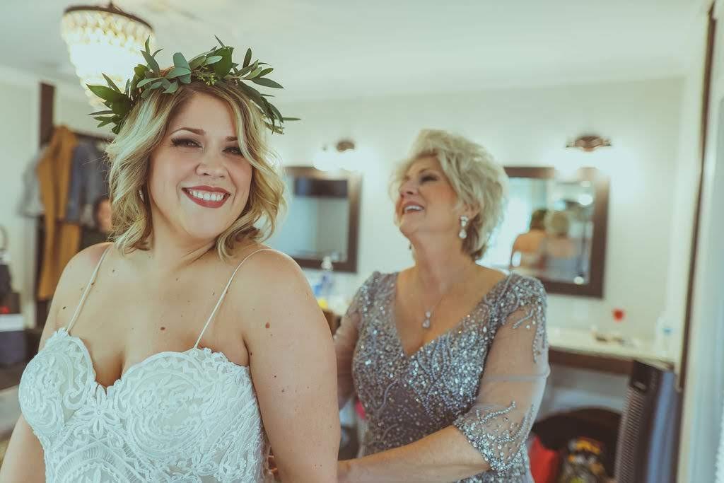Tulsa White Barn Wedding Venue 3.jpg