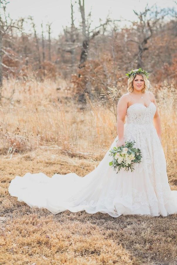 Tulsa White Barn Wedding Venue 13.jpg