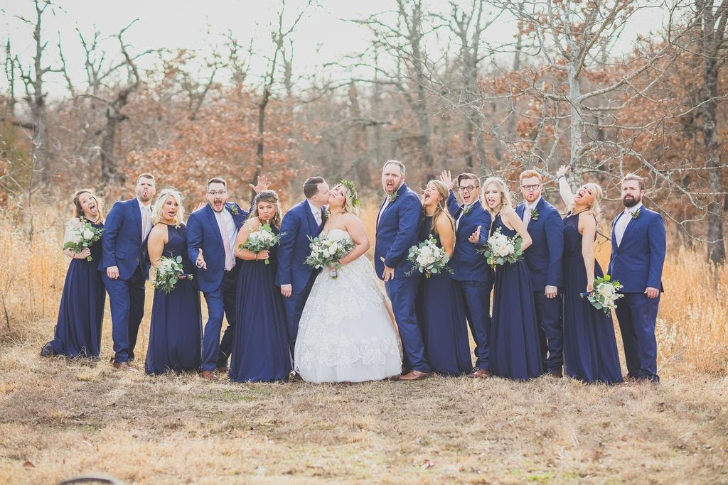 Tulsa White Barn Wedding Venue 17.jpg