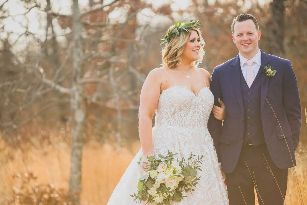 Tulsa White Barn Wedding Venue 21.jpg