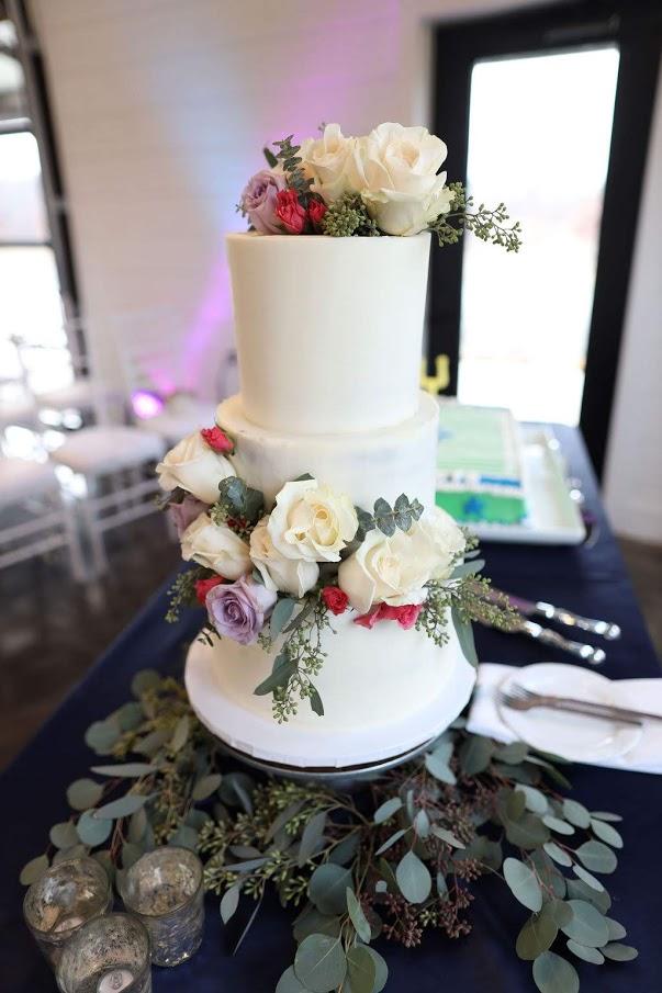 Tulsa White Barn Wedding Venue 22.jpg