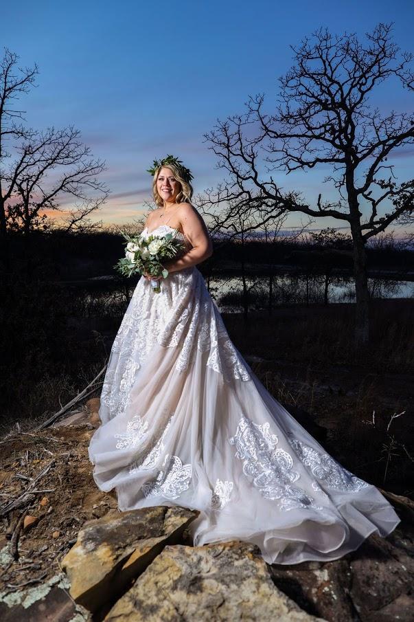 Tulsa White Barn Wedding Venue 28.jpg