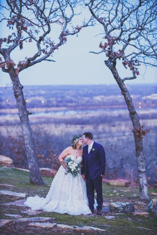 Tulsa White Barn Wedding Venue 31.jpg