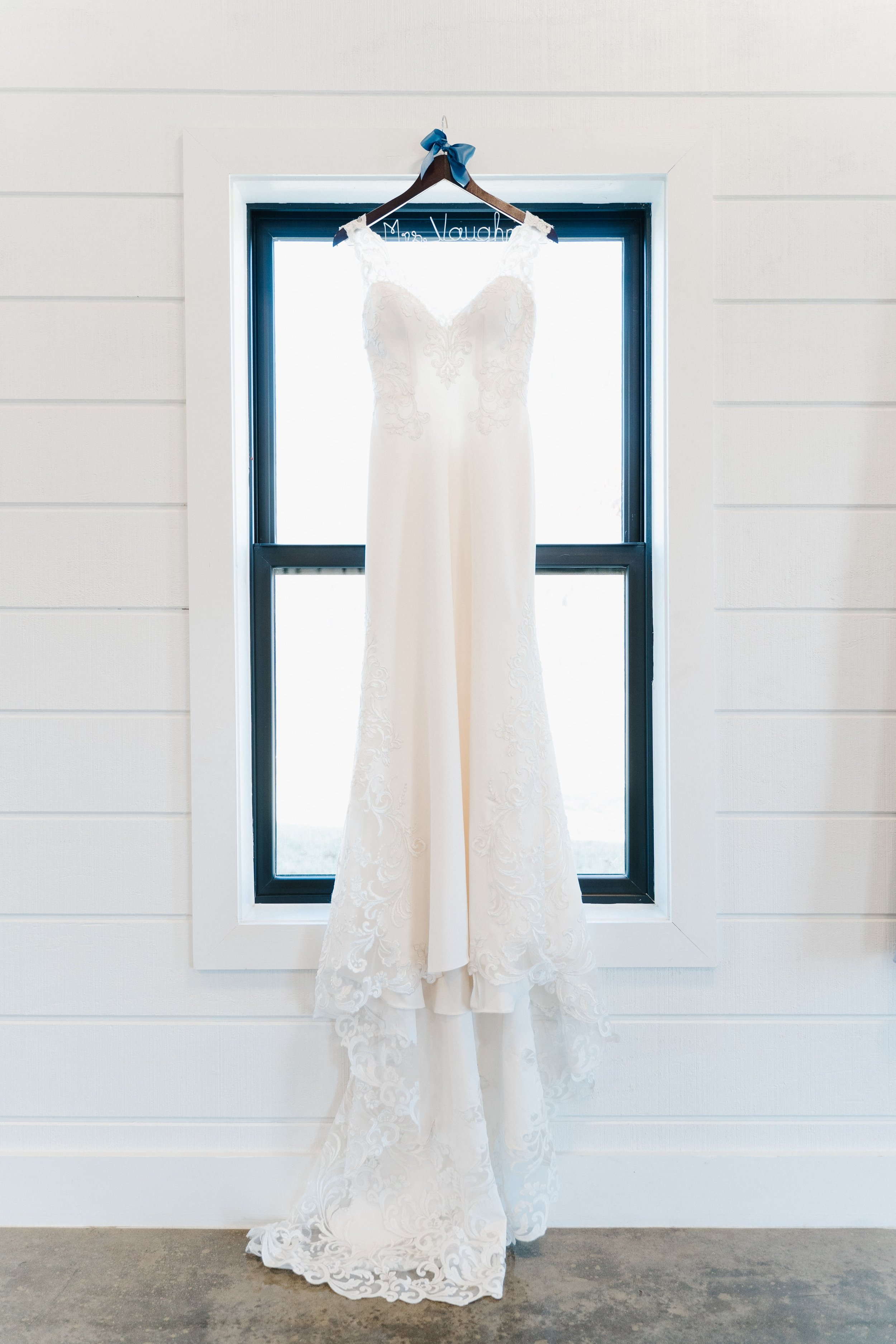 Tulsa Wedding Venues White Barn 0.jpg