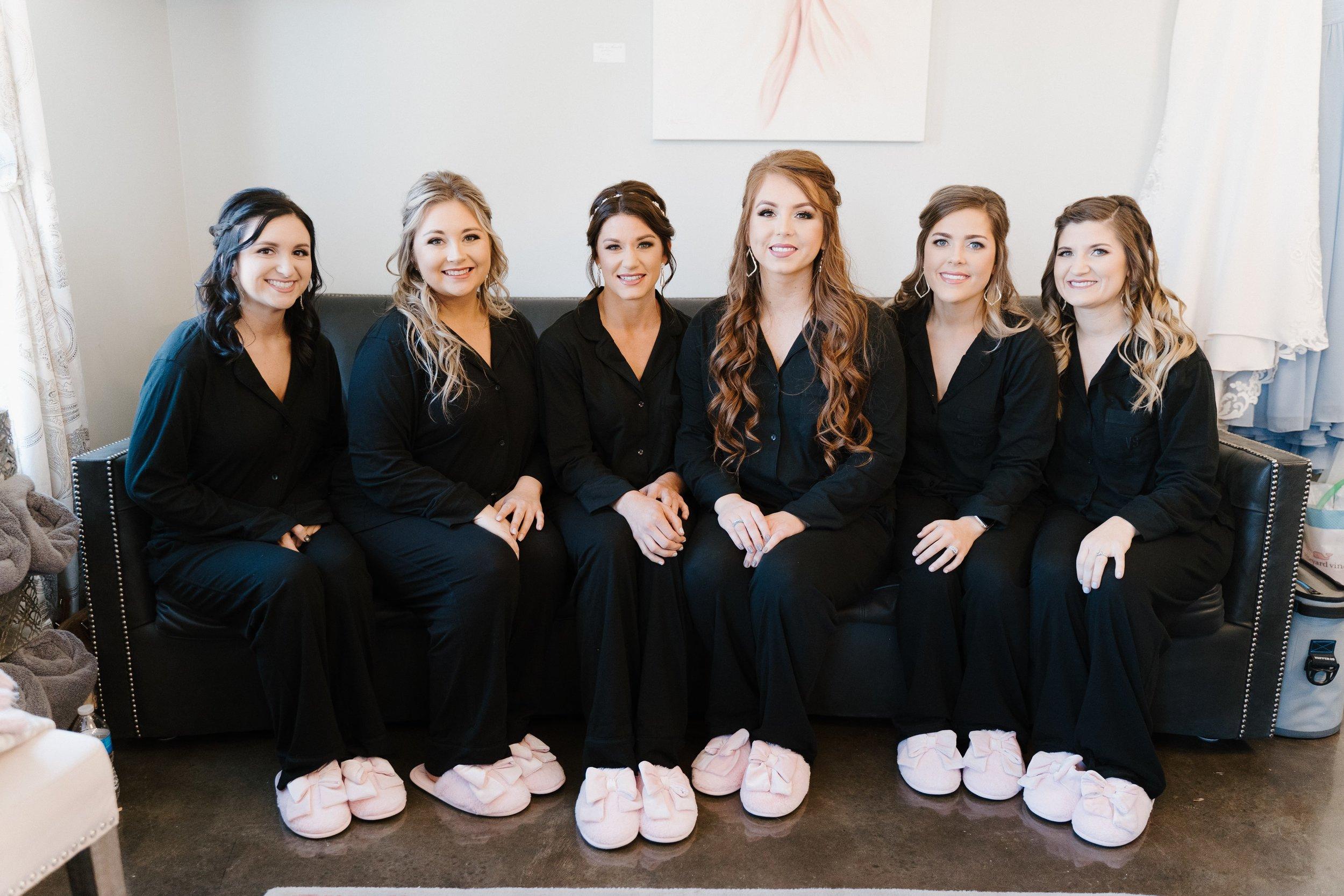 Tulsa Wedding Venues White Barn 4.jpg