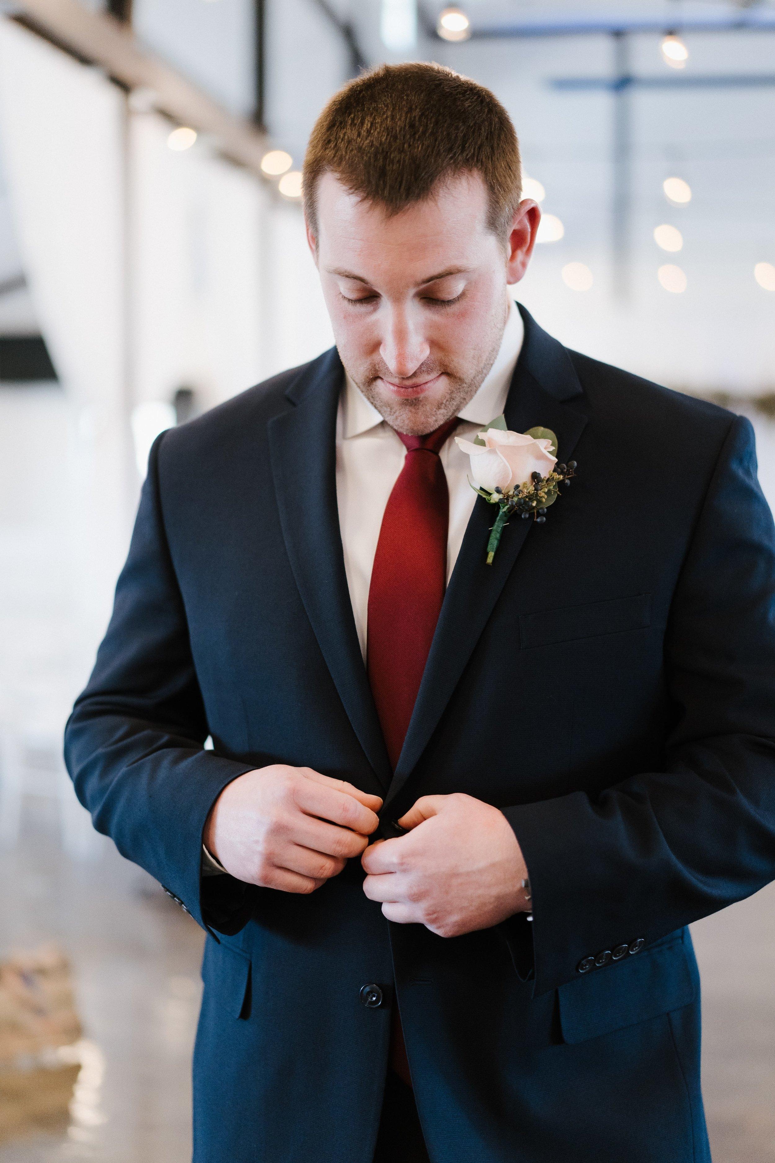 Tulsa Wedding Venues White Barn 7.jpg