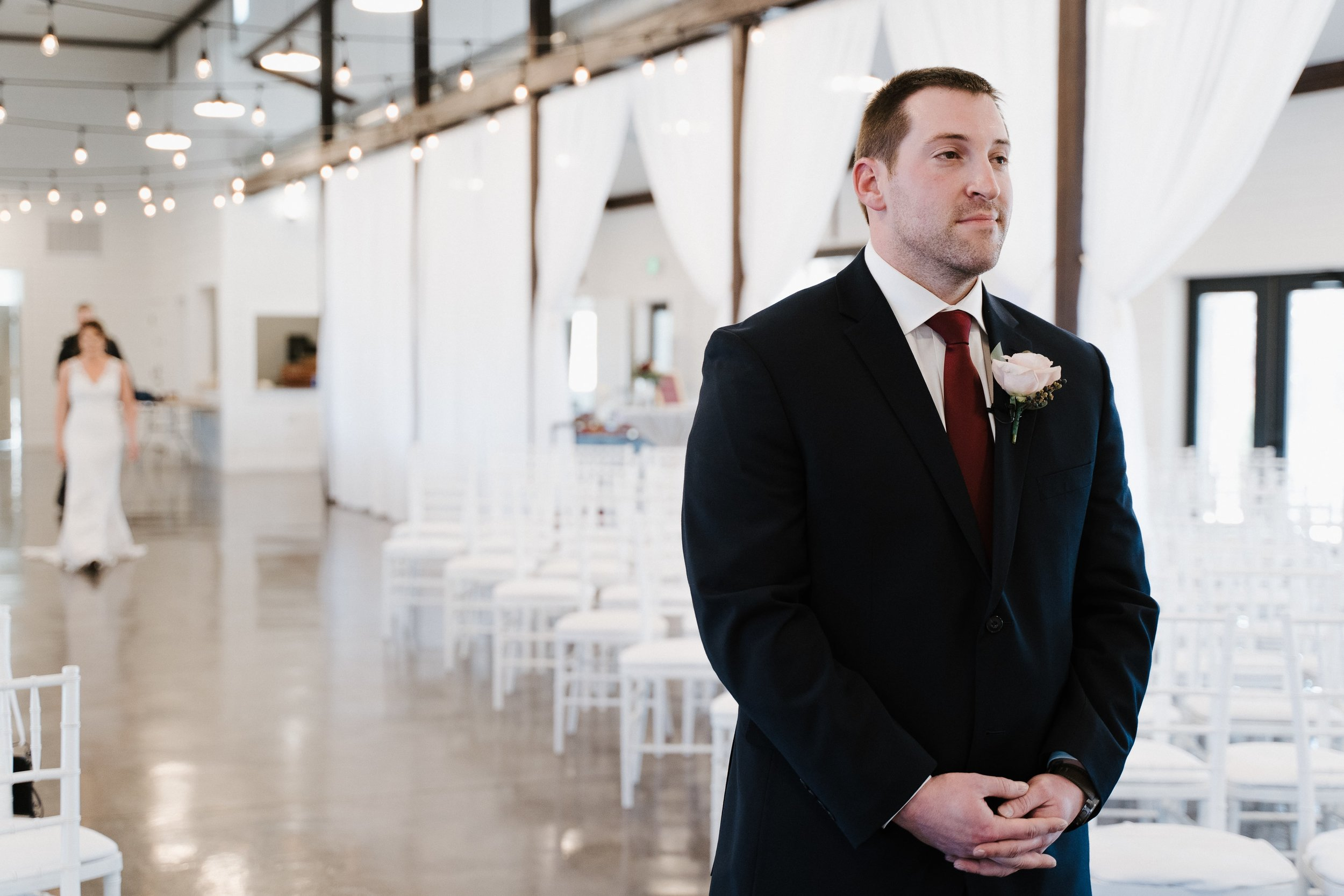 Tulsa Wedding Venues White Barn 9.jpg