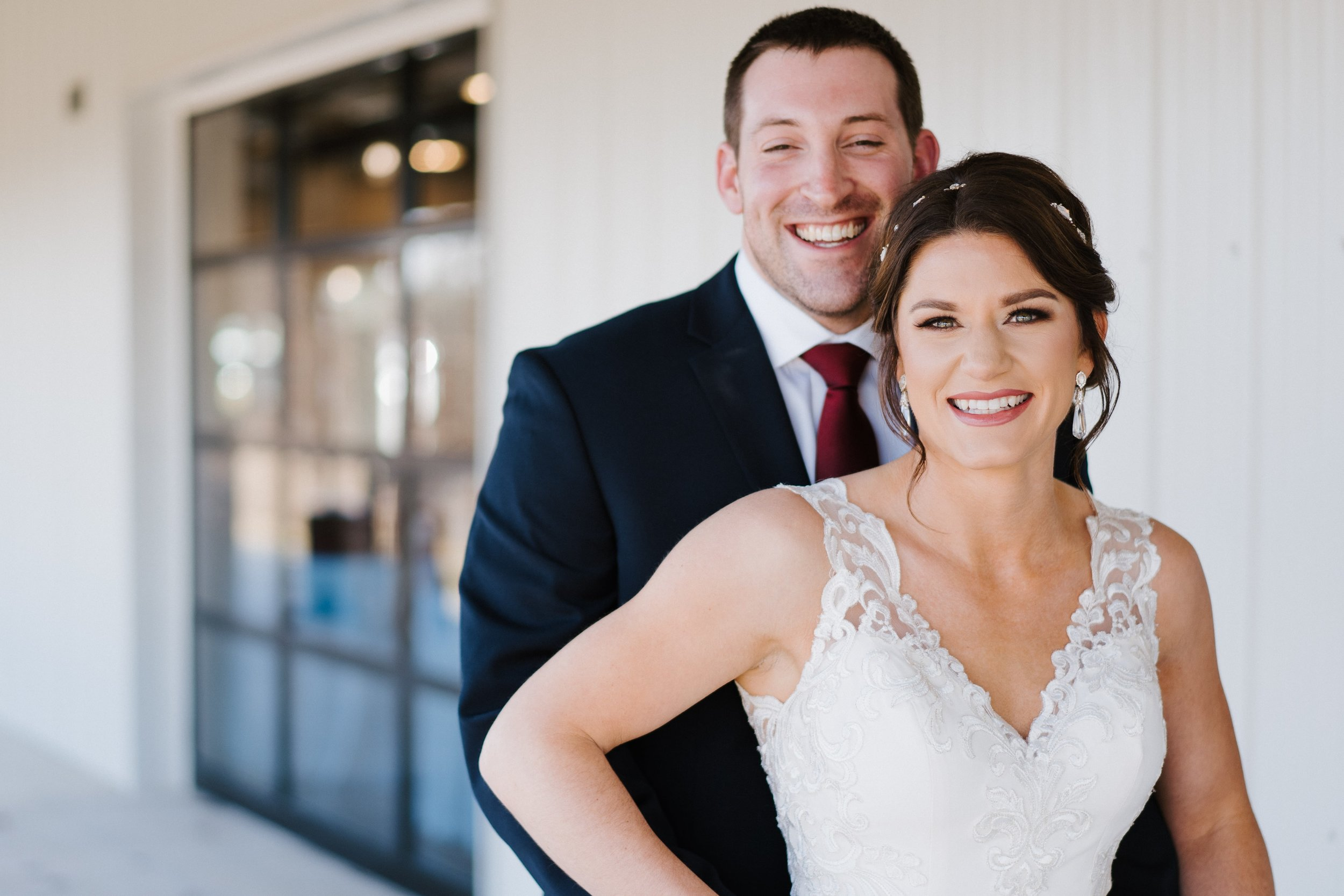 Tulsa Wedding Venues White Barn 13.jpg