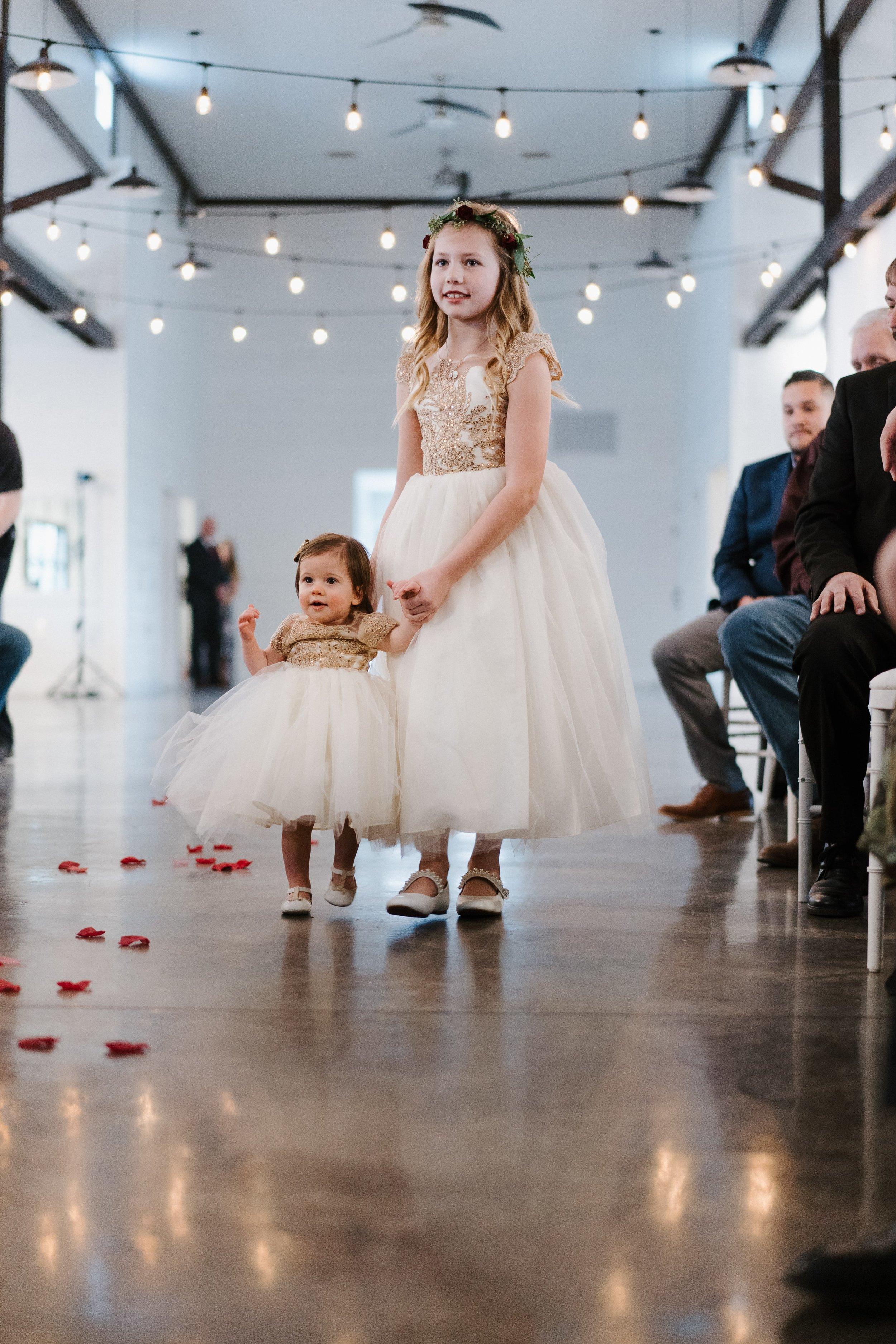 Tulsa Wedding Venues White Barn 26.jpg