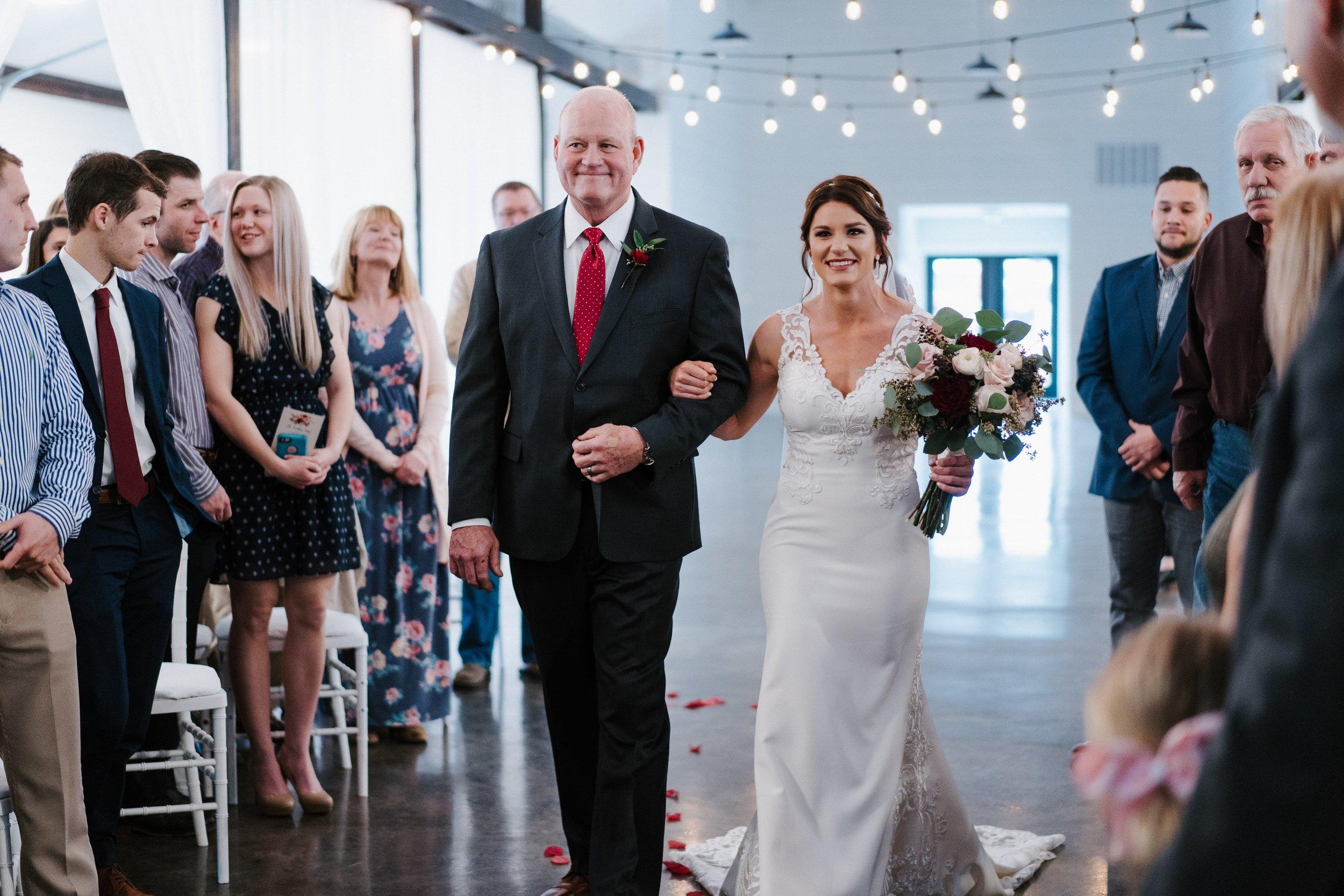 Tulsa Wedding Venues White Barn 27.jpg