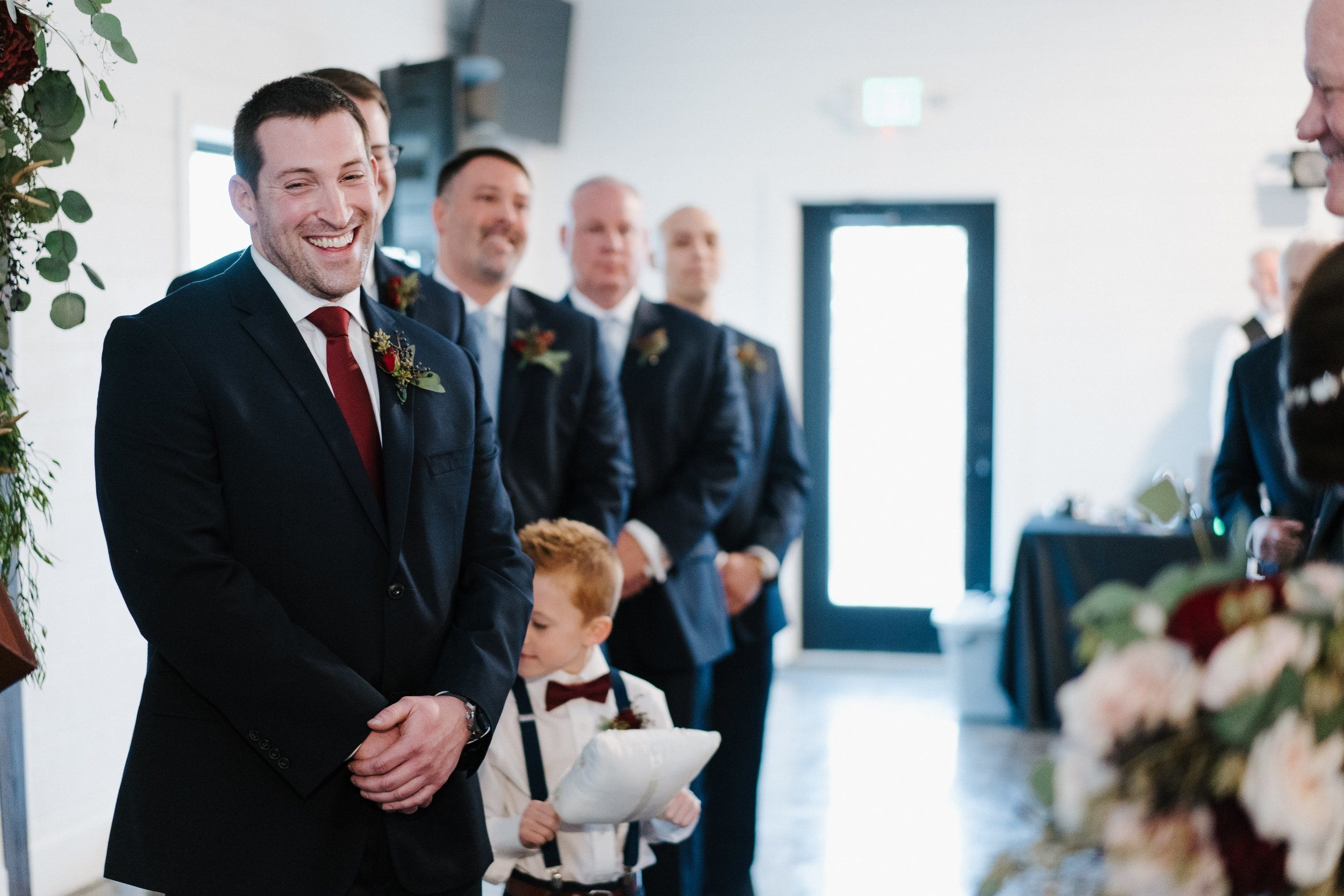 Tulsa Wedding Venues White Barn 28.jpg