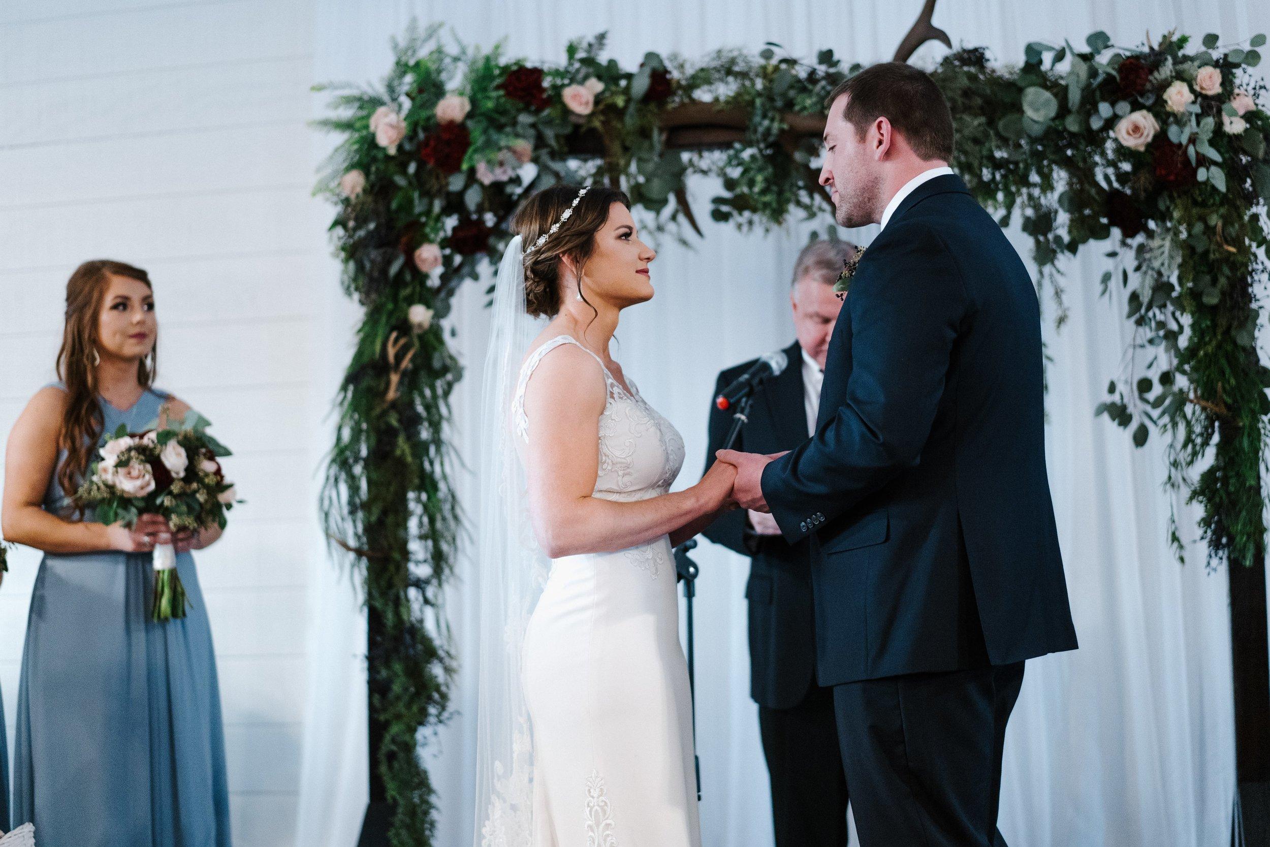 Tulsa Wedding Venues White Barn 30.jpg