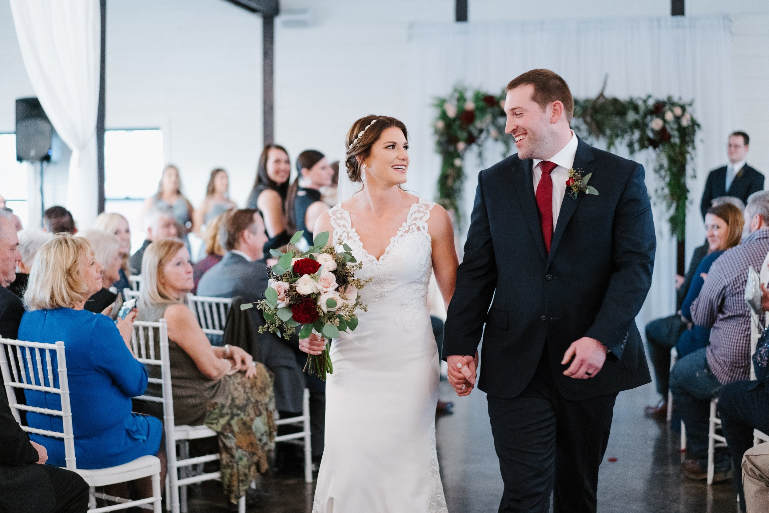 Tulsa Wedding Venues White Barn 32.jpg