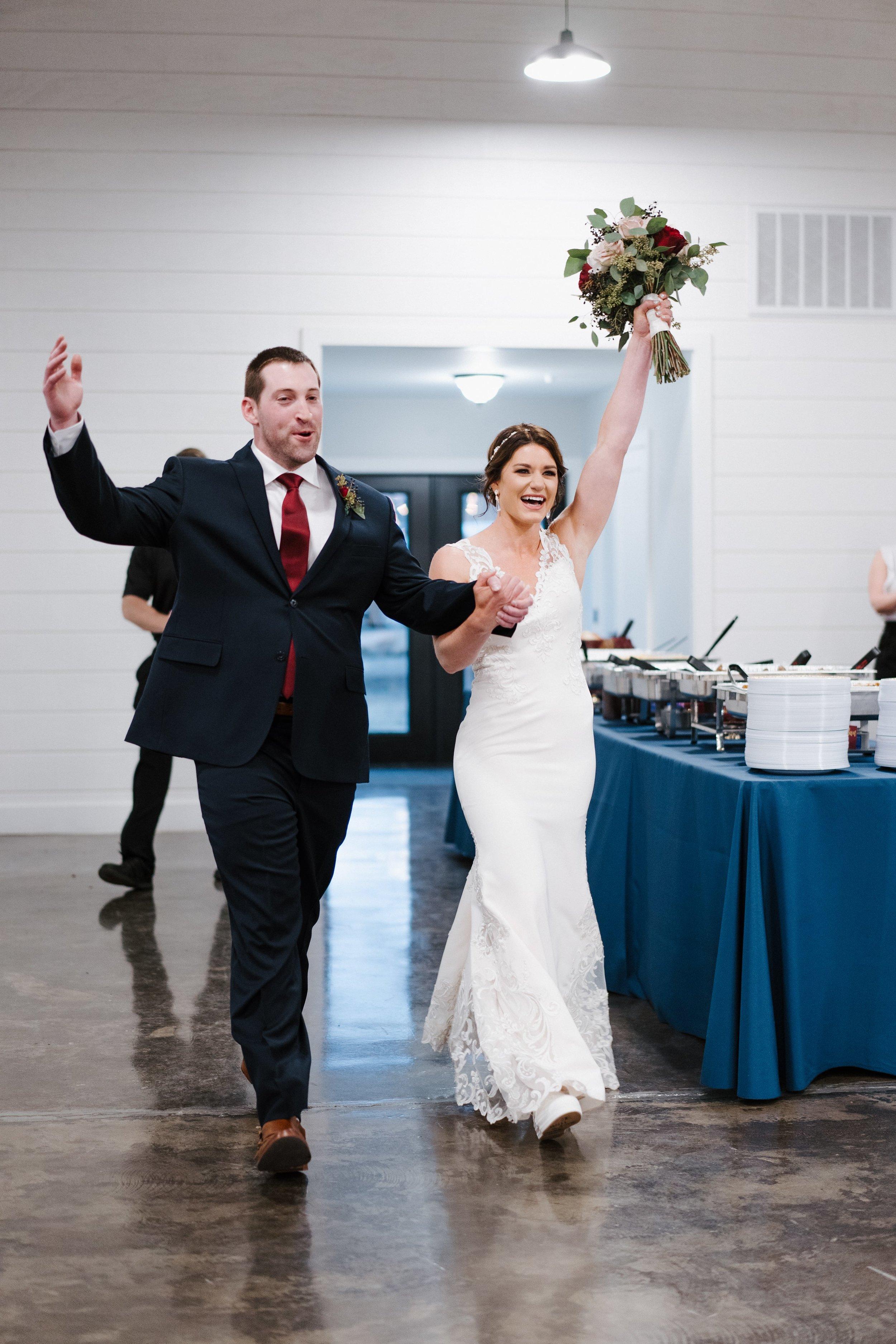 Tulsa Wedding Venues White Barn 35.jpg
