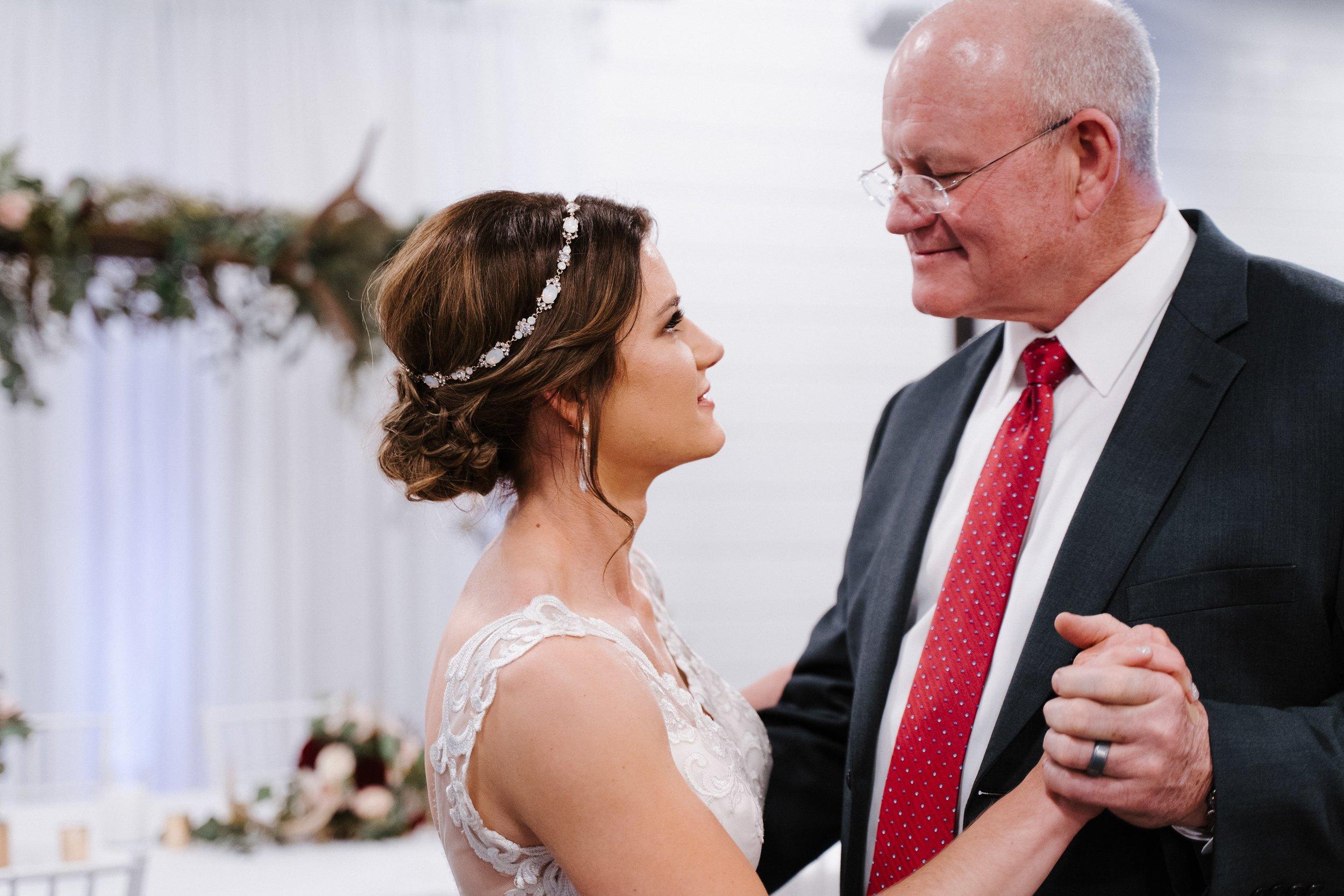 Tulsa Wedding Venues White Barn 38.jpg