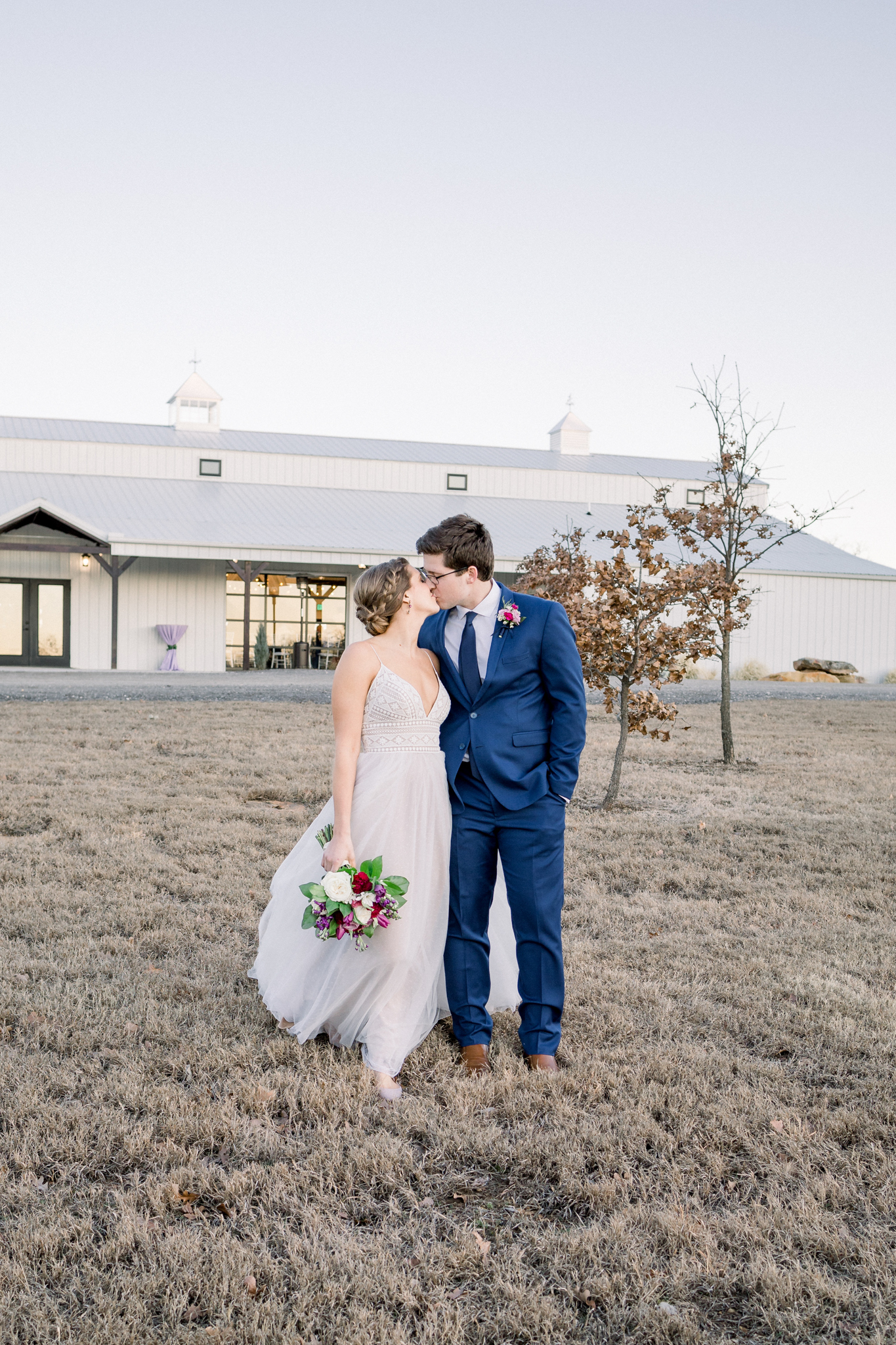 Tulsa Wedding Venues White Barn Bixby 54.jpg