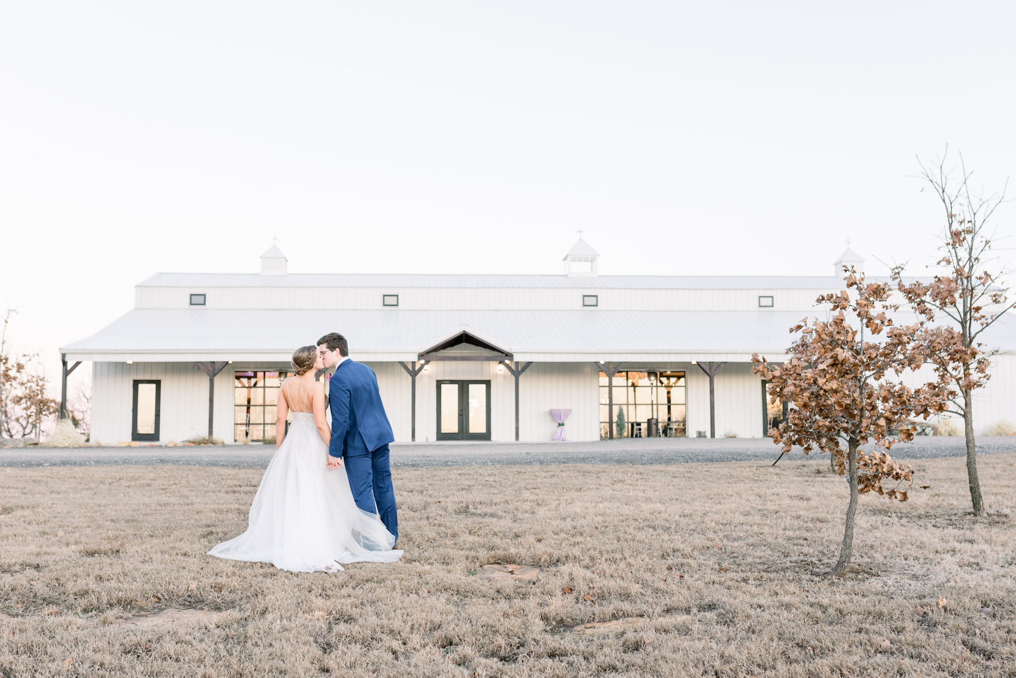Tulsa Wedding Venues White Barn Bixby 57.jpg