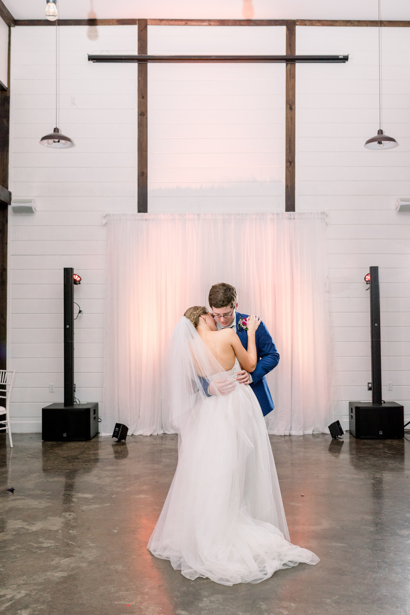 Tulsa Wedding Venues White Barn Bixby 64.jpg
