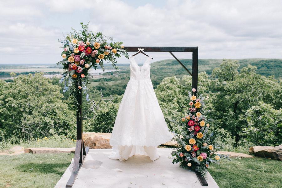 Dream Point Ranch Tulsa White Barn Wedding Venue 5.jpg