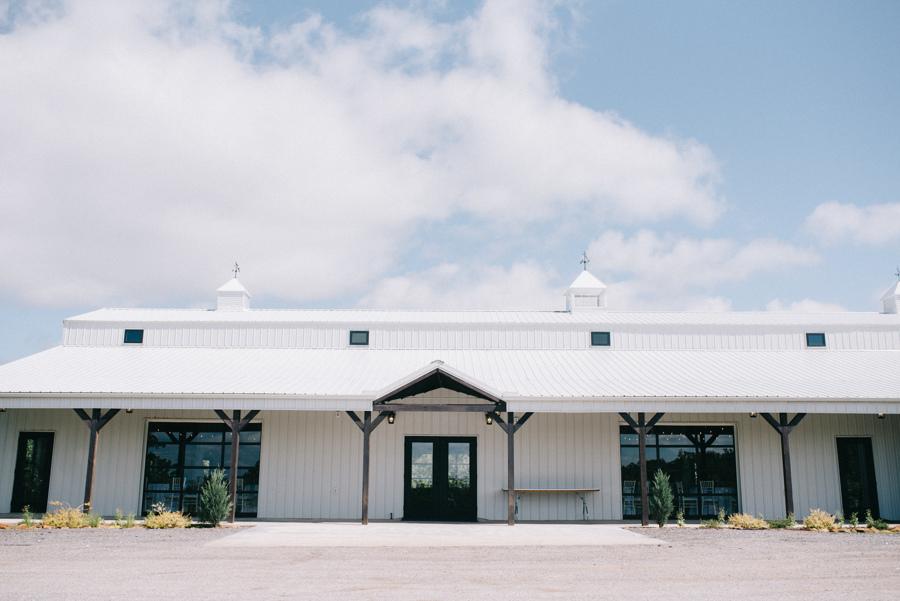 Dream Point Ranch Tulsa White Barn Wedding Venue 7.jpg