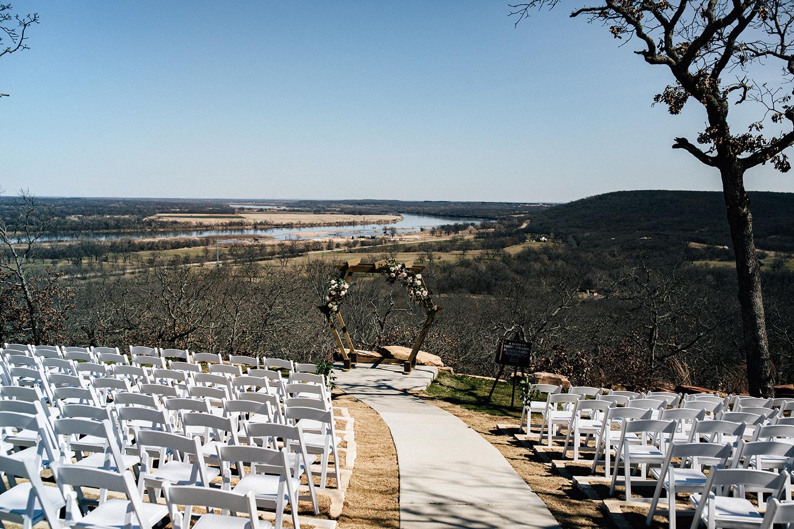 wedding venues tulsa bixby white barn 13a.jpg