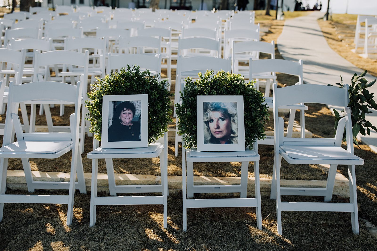 wedding venues tulsa bixby white barn 16.jpg