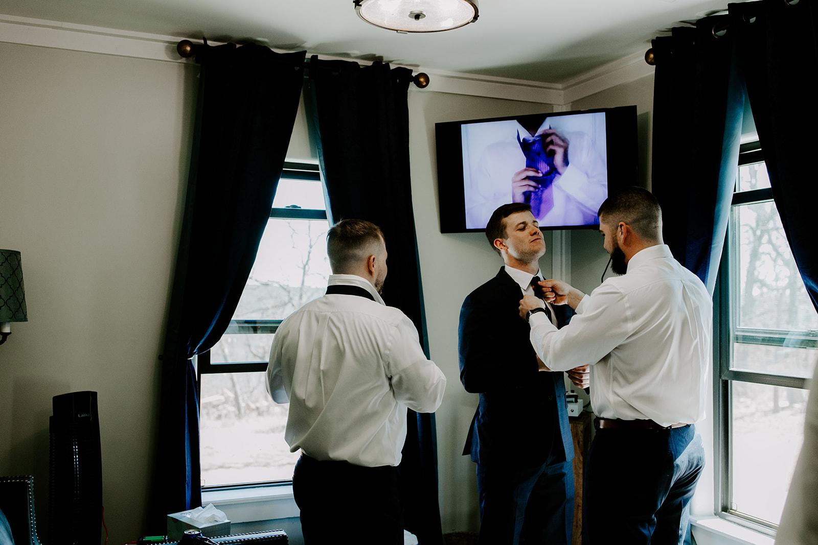 wedding venues tulsa bixby white barn 17f.jpg