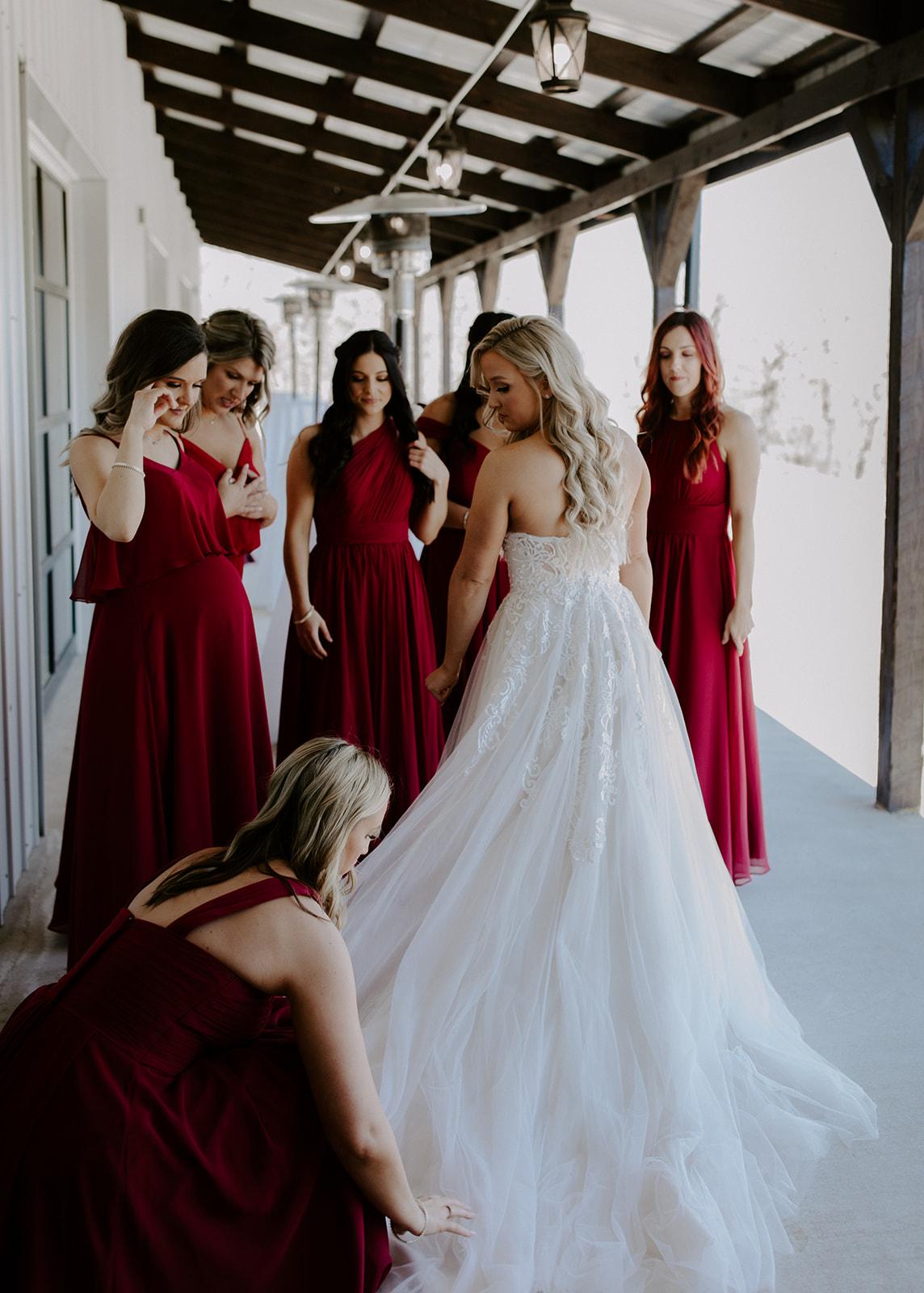 wedding venues tulsa bixby white barn 19.jpg