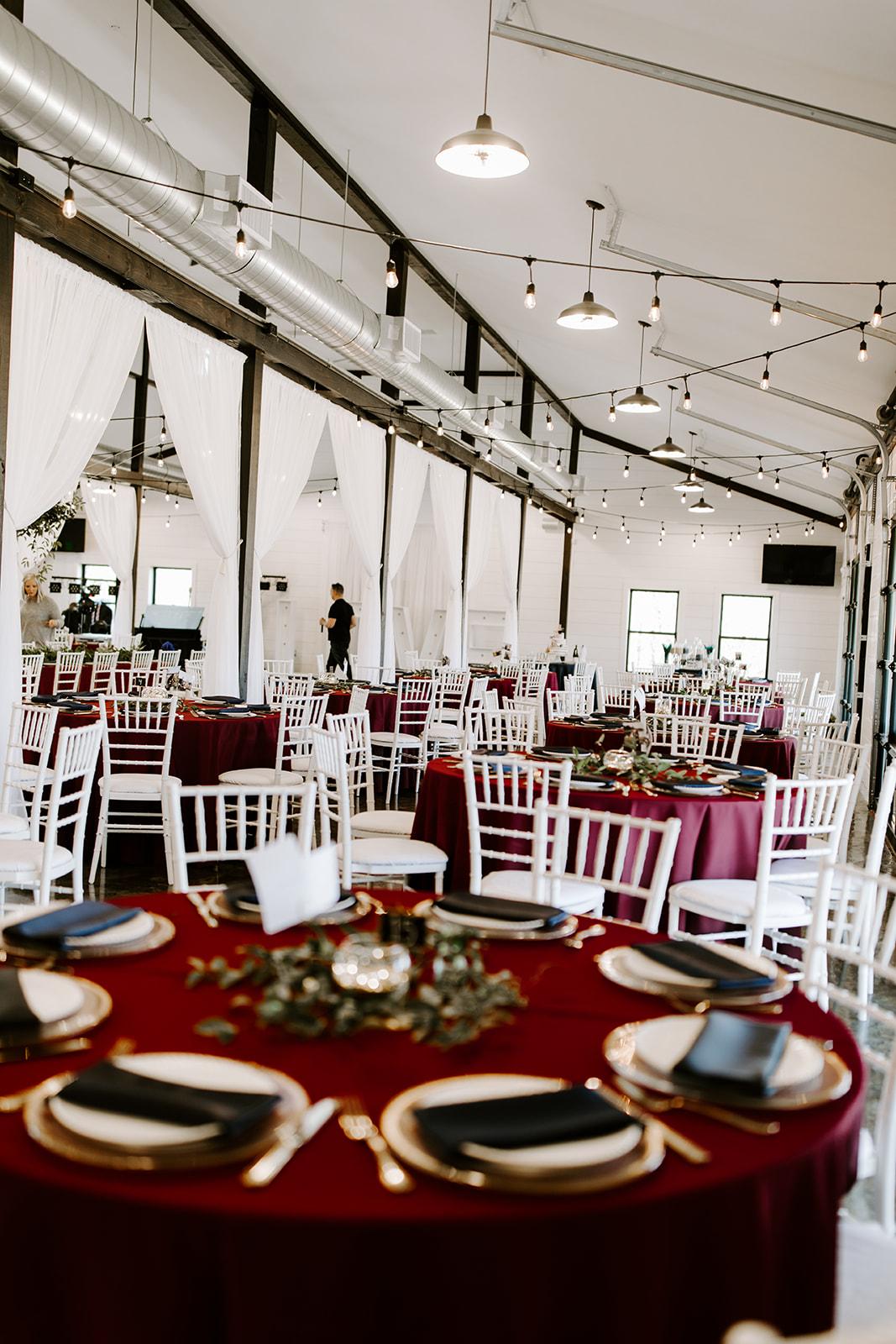 wedding venues tulsa bixby white barn 32.jpg