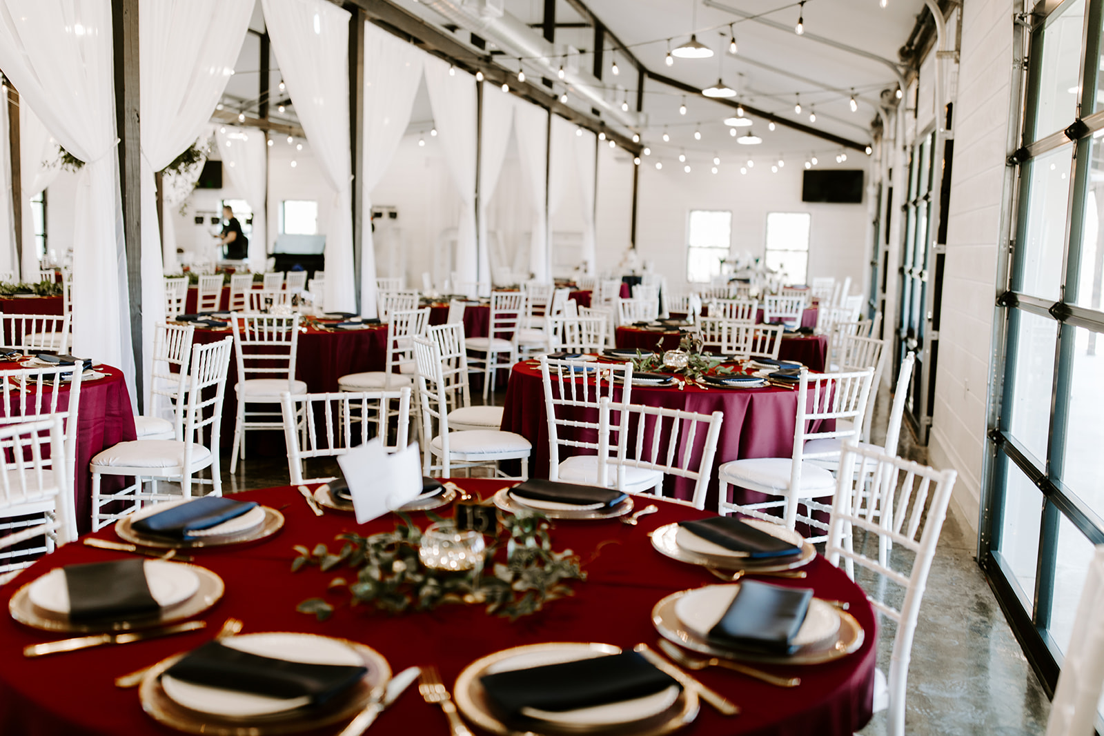wedding venues tulsa bixby white barn 33.jpg